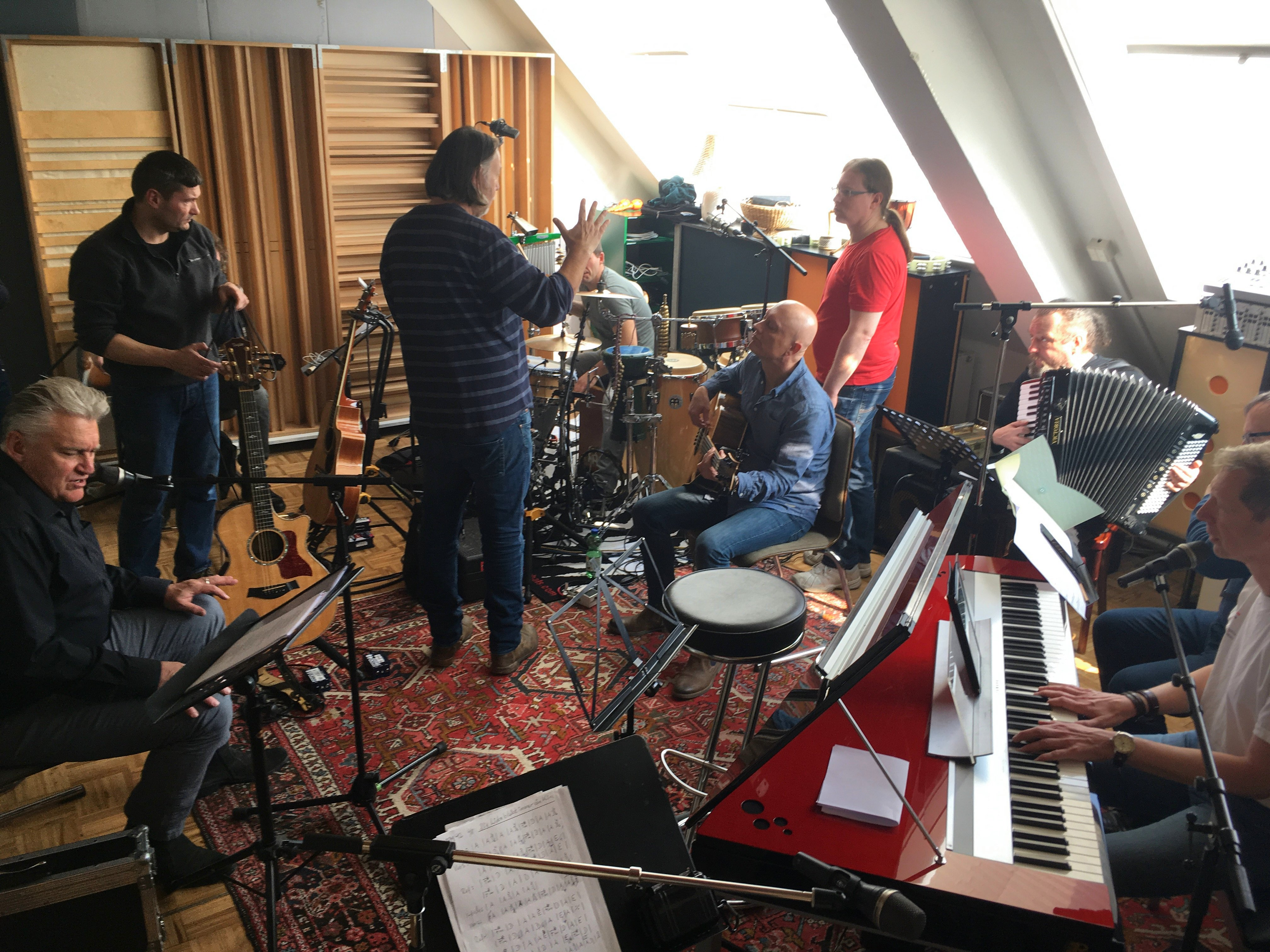 Rainhard Fendrich mit Band im Vintage Room